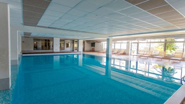 indoor pool 2149